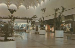 TORONTO , Ontario , Canada , 50-60s ; Yorkdale Plaza