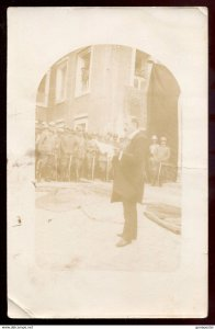 dc1180 - LIBYA Tripoli 1912 Italo-Turkish War. Soldiers Listen to Speech. RPPC