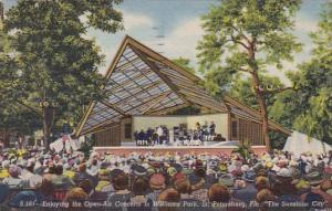 Florida Saint Petersburg Enjoying The Open Air Concerts In William Park 1954