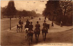CPA PARIS 16e-Avenue du Bois de Boulogne (326232)