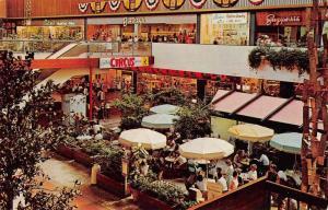 Minneapolis Minnesota Southdale Center Sidewalk Cafe Vintage Postcard J78171