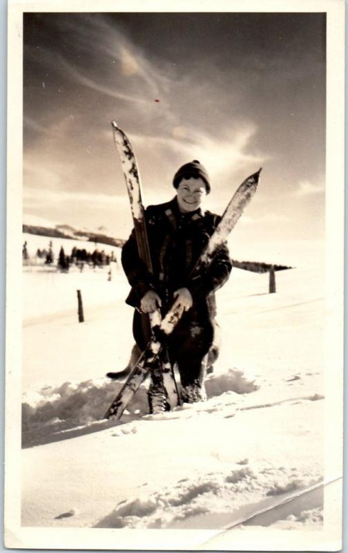 1939 Real Photo SNAPSHOT - Smiling SKIER on Slope w/ Skis Colorado Springs