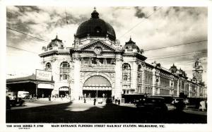 australia, MELBOURNE, Vic., Main Entrance Flinders Street Railway Station 1950s
