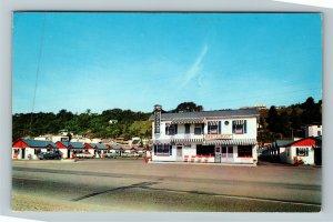 Ste Anne de Beaupre QC-Quebec, Hotel du Boulevard, Chrome Postcard