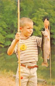 Berkeley Springs West Virginia Coolfont Recreation Fishing Postcard JC932803
