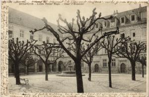 CPA BESANCON - Lycée Victor Hugo - Cour d'Honneur (486979)