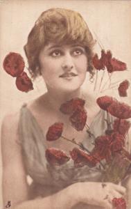 Woman & Flowers portrait , Beayty Mine , 00-10s; TUCK
