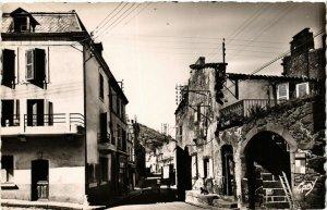 CPA VOLVIC - La Grande Rue (374455)