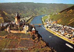 Cochem an der Mosel mit Burg Schloss Bruecke Panorama Pont Bridge