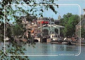 Netherlands Amsterdam De Amstel met de Blauwbrug, The Amstel Boats