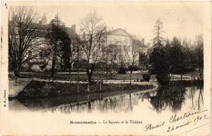 CPA Romorantin - Le Square et le Theatre (740825)
