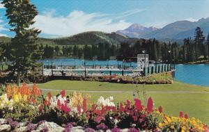 Jasper Park Lodge, Outdoor Swimming Pool,  Lac Beauvert, Mount Edith Cavell, ...
