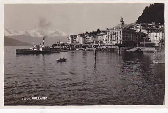 RP: BELLAGIO , Italy , 10-30s ; Lago di Como , Waterfront with steamship