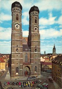 GG11429 Muenchen Frauenkirche, Church of Our Lady Cars Auto