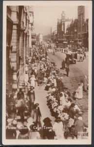 South Africa Postcard - Flower Sellers in a Busy Street    T4864