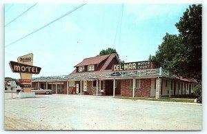 Postcard DE New Castle DelMar Del Mar Motor Court Motel Vintage Cars R15
