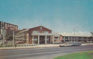 CORPUS CHRISTI, Texas, 1940-1960´s; Ramada Inn, Classic Cars