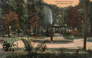 ST PETERSBURG , Florida , 1900-10s4 ; Fountain in City Park
