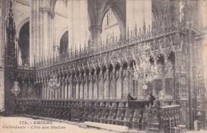 France Amiens Cathedrale Cote Des Stalles