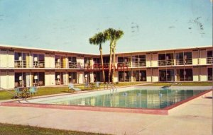 HOLIDAY INN of TALLAHASSEE, FL poolside 1960