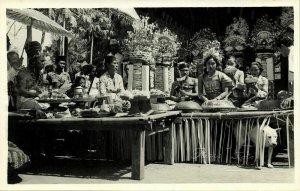 indonesia, BALI, High Hindu Priest, Native Girl (1940s) Paris Foto RPPC Postcard
