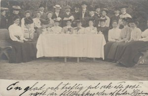 RP: SWEDEN, PU-1908; Family Gathering