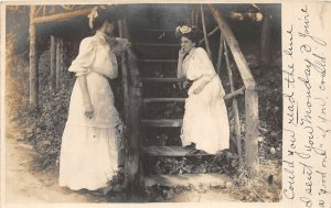 G43/ Elmira New York RPPC Postcard 1908 Well-Dressed Women Cottage