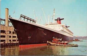 SS 'France' Ship at New York City NY Pier 88 Moran Tugboat 1963 Postcard G91