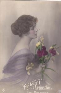 RP; Hand-tinted, Profile of woman holding lillies, Die besten Wunsche zum Nam...