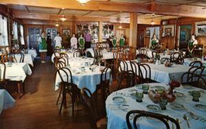 NH - Jaffrey. Woodbound Inn & Lake Cottages, Dining Room