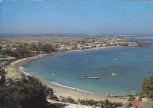 Postal 61044: La bahia de Ngor. Dakar (Senegal)