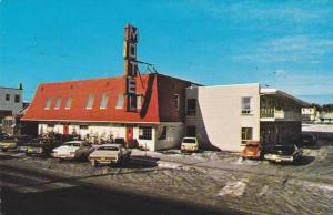 Snow, Classic Cars, Hotel-Motel Chibougamau, Chibougamau, Quebec, Canada, PU-...