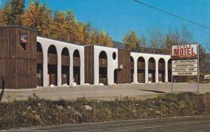 Avola Motel on Yellow Head Highway 5,  Avola,  B.C.   Canada,  40-60s