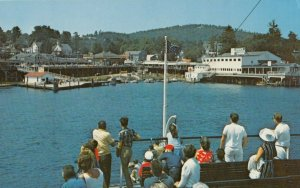 WEIRS BEACH , New Hampshire , 1950-60s ; Waterfront