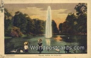 Dusseldorf Germany, Deutschland Postcard Runder Weiher im Hofgarten  Runder W...