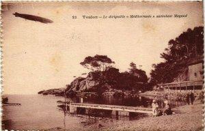 CPA TOULON Le dirigeable Méditerranée survolant Magaud (338072)