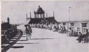 Indian Karachi The Promenade Clifton Beach
