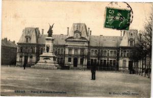 CPA SEDAN - Place d'Alsace-Lorraine (241044)