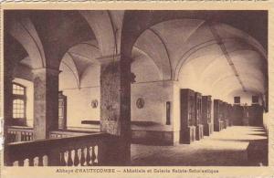 France Abbaye d'Hautecombe Abbatiale et Galerie Sainte Scholastique