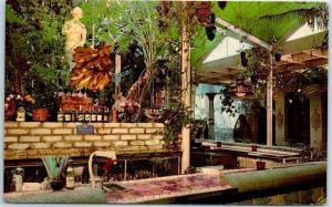 Clearwater, Florida Postcard KAPOK TREE INN The Grape Bar Interior c1950s