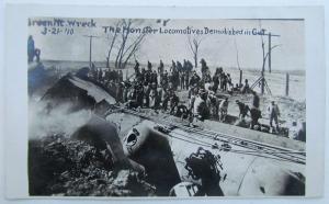 RPPC VINTAGE 1910 PHOTO POSTCARD IOWA GREEN MT. WRECK LOCOMOTIVES railroad train