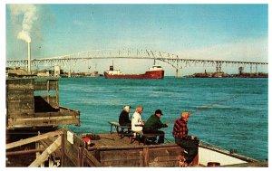 L. L. Cook 1956 Pesca Azul Agua Puente Michigan sin Sellar 7630