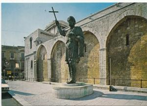 BARLETTA, Colosso Eraclio, unused Postcard