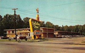 PADUCAH, Kentucky KY   HOLIDAY INN MOTEL  VW Van~50's Cars  ROADSIDE  Postcard