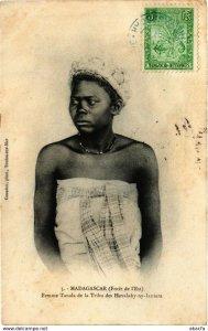 CPA AK Femme Tanala de la Tribu des Hovalahy ny lantara MADAGASCAR (818985)