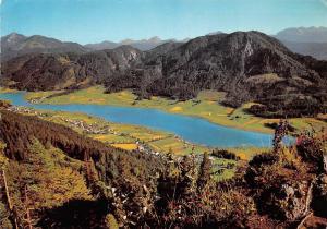 Weissensee mit Techendorf Gatschach und Oberdorf Kaernten Lake