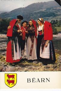 France Bearn Costumes de la Region de Laruns