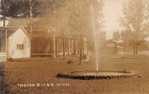 H19/ Indian River Michigan RPPC Postcard c1910 Fountain Homes 91