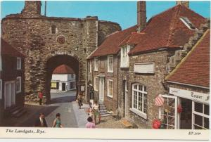 UK, The Landgate, Rye, 1960s unused Postcard