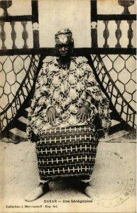 CPA AK Dakar Une Senegalaise SENEGAL (821818)